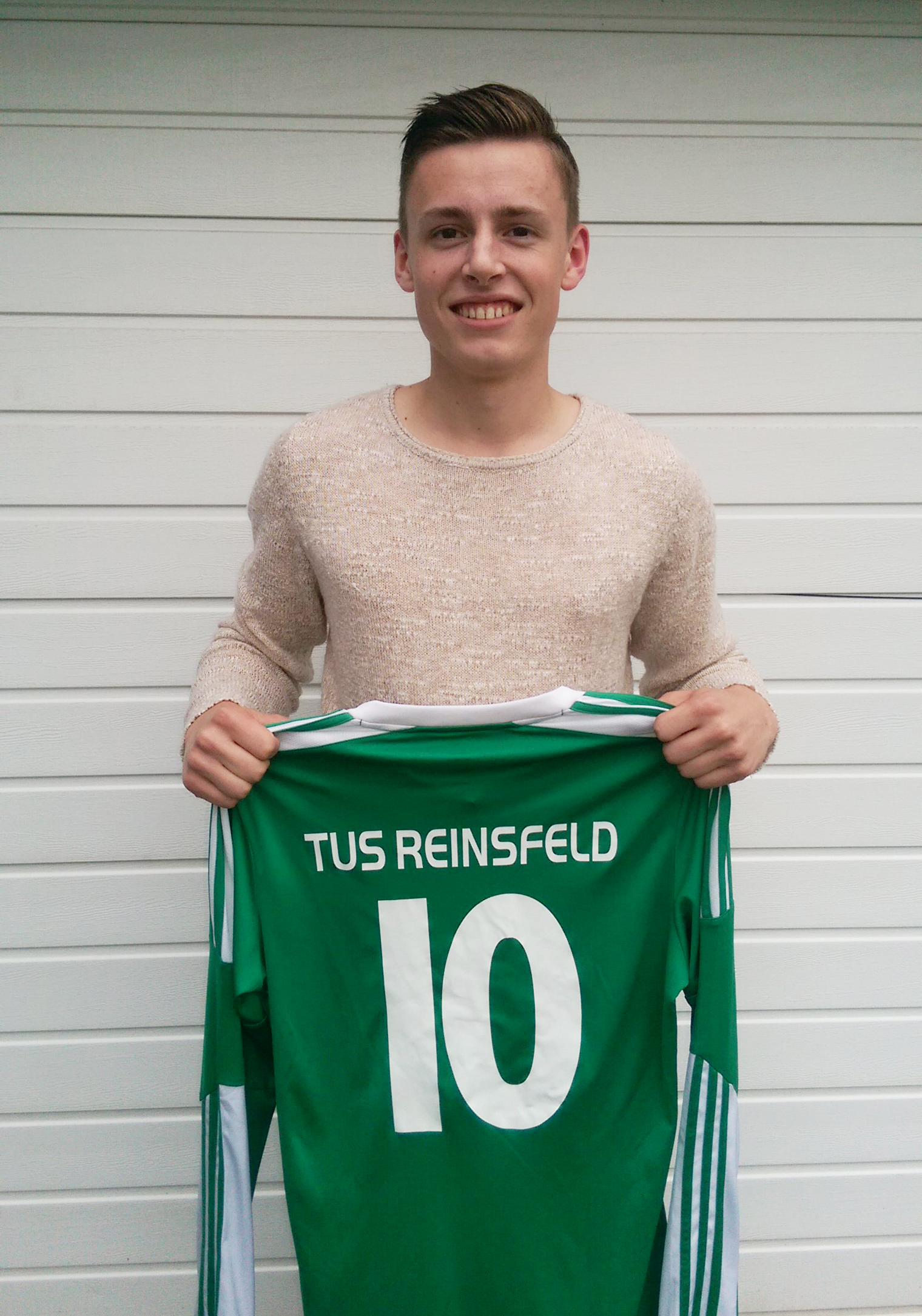 [Transfermarkt] Nils Hemmes nach 7 Jahren wieder im Grün-Weißen Trikot